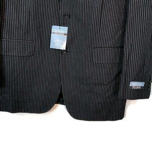 Jos. A. Bank Suits & Blazers - Jos. A. Bank Stay Cool Seersucker Blazer Mens 42XL